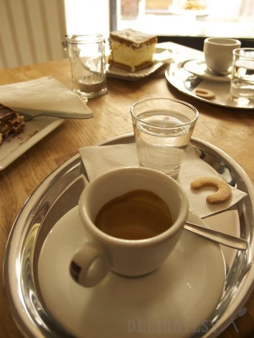Espresso je od Costadoro