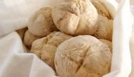 Dopečené chlebové rolky