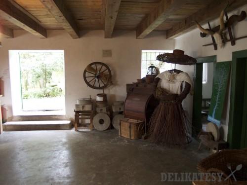 Vnútro starého mlyna