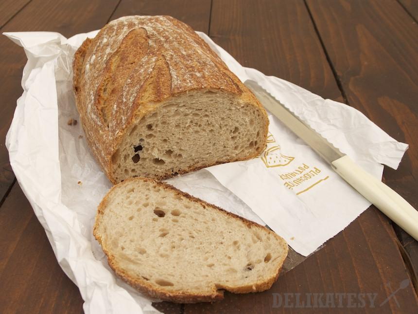 Kváskový chlieb z potravín Yeme v Bratislave