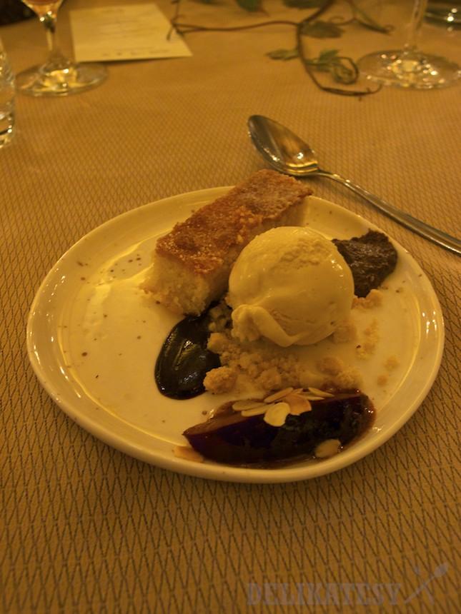 Dezert - zmrzlina z medoviny