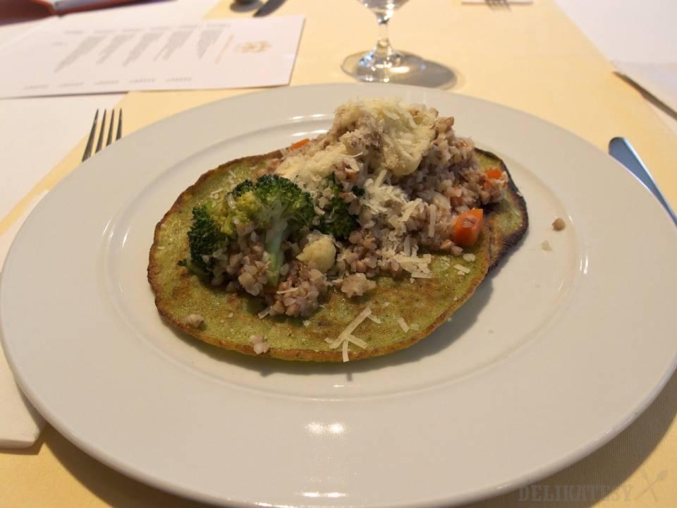 Brokolicové placky s pohánkovým rizotom